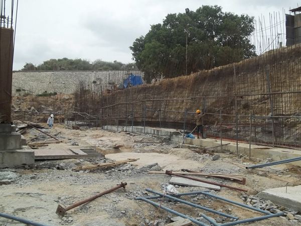 Rcc Retaining Wall : Movietowers telugu film producers mutually aided co